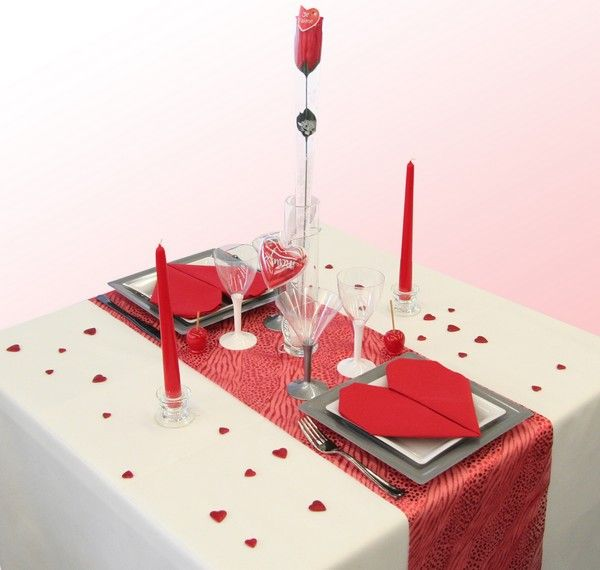 d coration table saint valentin